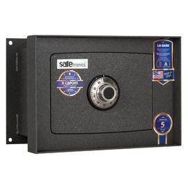 Сейф встраиваемый в стену Safetronics STR 18LG